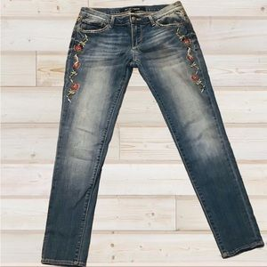 Driftwood embroidered skinny jeans